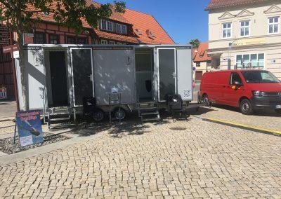 hertel toiletten toilettenwagen gross stadtfest